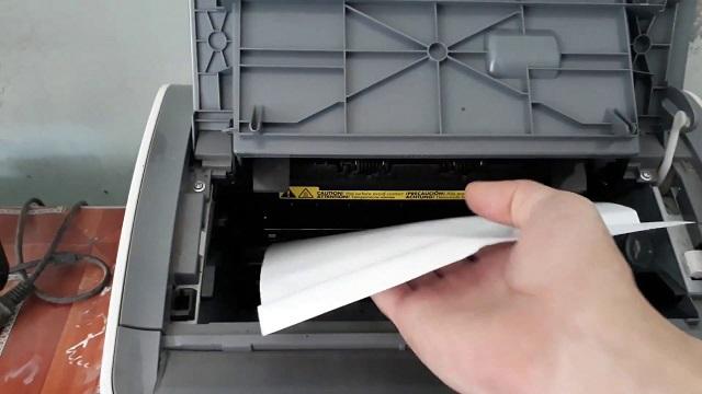 Cách xử lý lỗi máy in bị kẹt giấy khi sử dụng
